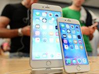 Покупатели выбирают смартфоны