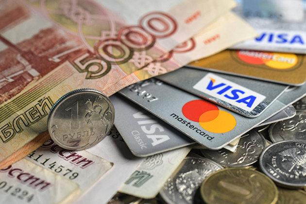 Рубль усилил вечером рост к доллару и к евро на фоне спроса на риск