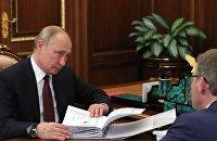 Президент РФ В. Путин встретился бизнес-омбудсменом Б. Титовым