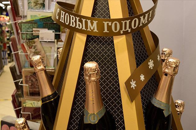 832714849 - Эксперт рассказал, как распознать поддельный алкоголь в магазине