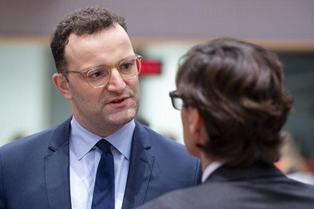 Глава Минздрава ФРГ опроверг свои амбиции стать канцлером