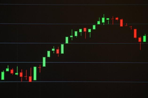 Российский рынок акций вырос на дорогой нефти