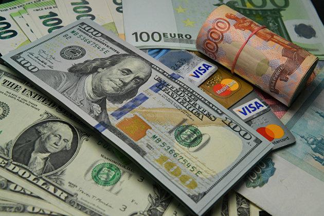 Профицит торгового баланса России в июле вырос в 4,7 раза