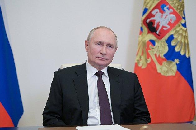 Путин на заданный ему в интервью вопрос о преемнике сказал, что предпочитает не отвечать