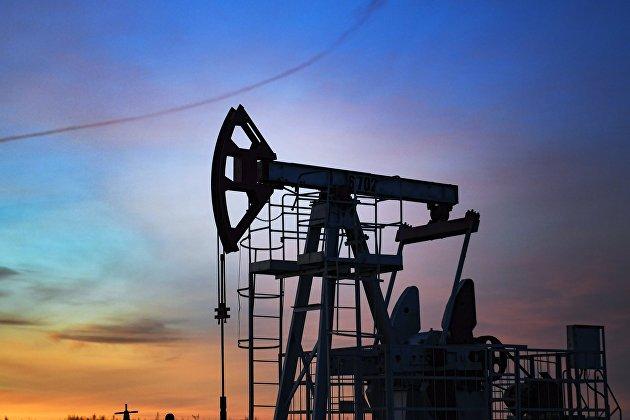 Цены на нефть замедлили рост после выхода данных о росте ее запасов в США